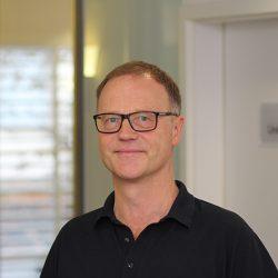 Dr. Tauchert